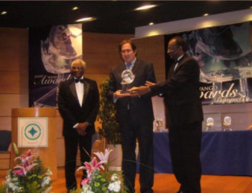 Paz y Cooperación recibe el prestigioso premio «Paz y Seguridad 2006»