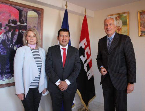 Encuentro de la presidenta de Paz y Cooperación con el embajador de Nicaragua